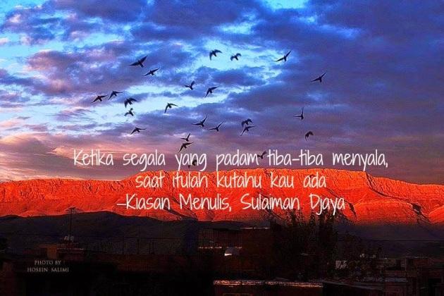 Puisi Kiasan Menulis Karya Sulaiman Djaya